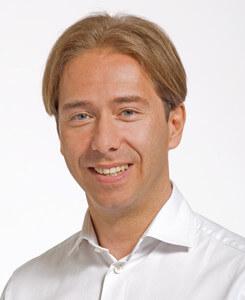 Dr-Gisbert-Holle