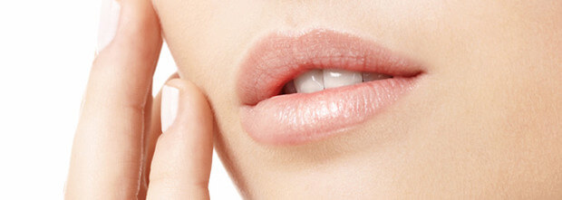 Lippenvergrößerung - Lippen aufspritzen