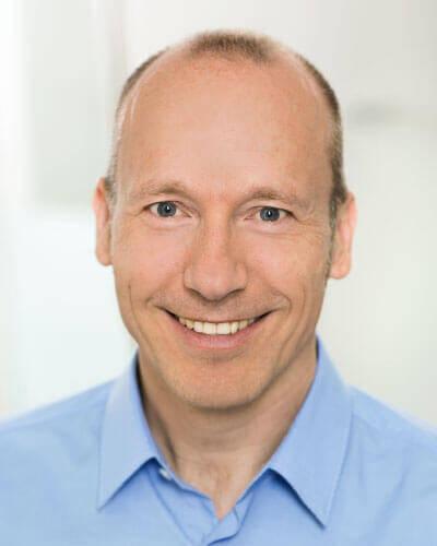 Dr. Lutz Kleinschmidt, Vorstandsmitglied der Deutschen Gesellschaft für Ästhetisch-Plastische Chirurgie (DGÄPC)